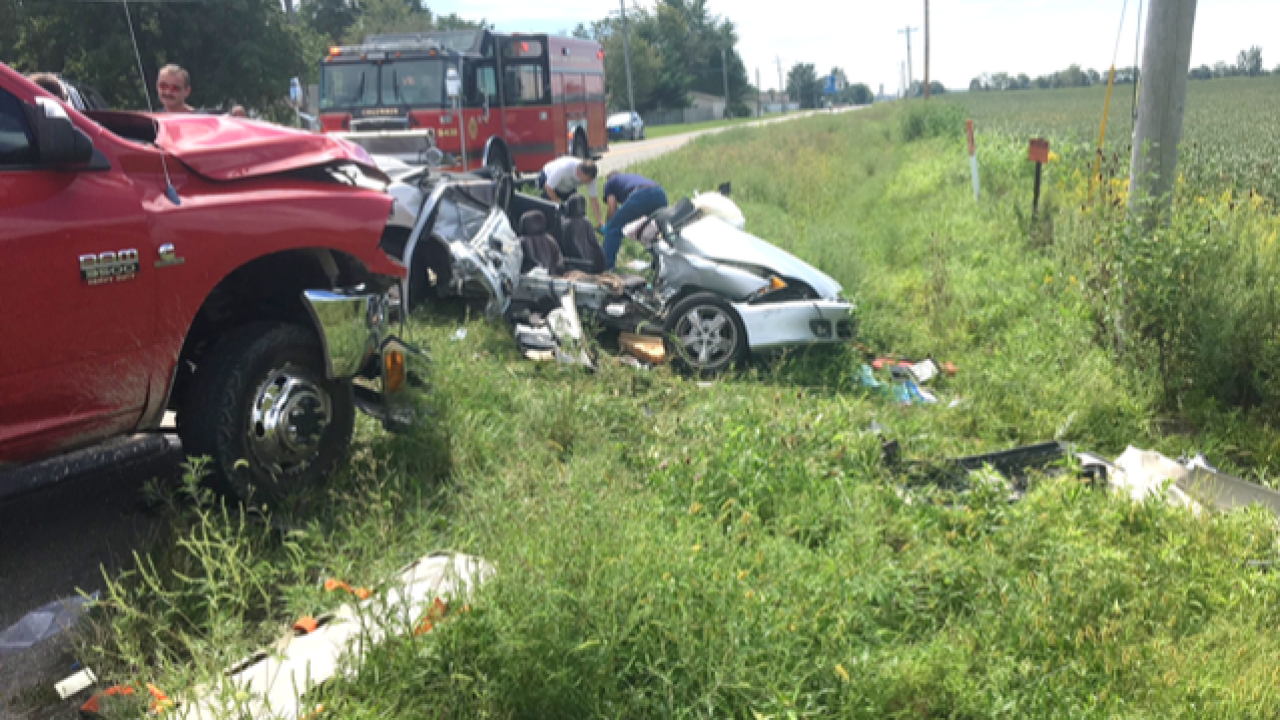 4 high school students injured in Bartholomew Co. crash