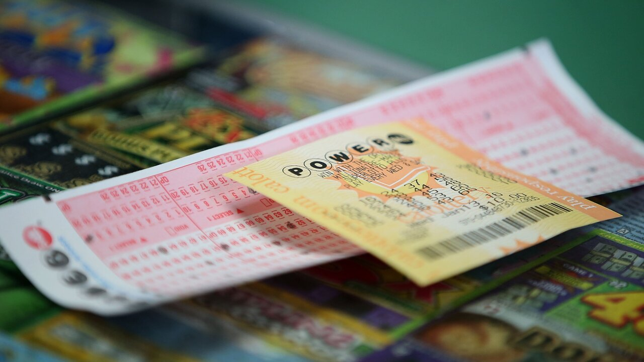 Powerball grows to $625 million after no winners in latest drawing