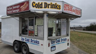 Food cart gives free food for truckers and essential workers