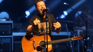 Dierks Bentley kicks off Riverbend's concert season