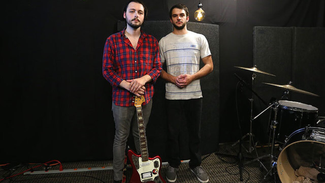 New York rock duo kicks off WCPO music podcast