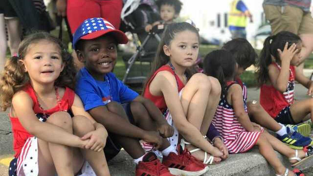 Thousands attend Wauwatosa's 4th of July parade