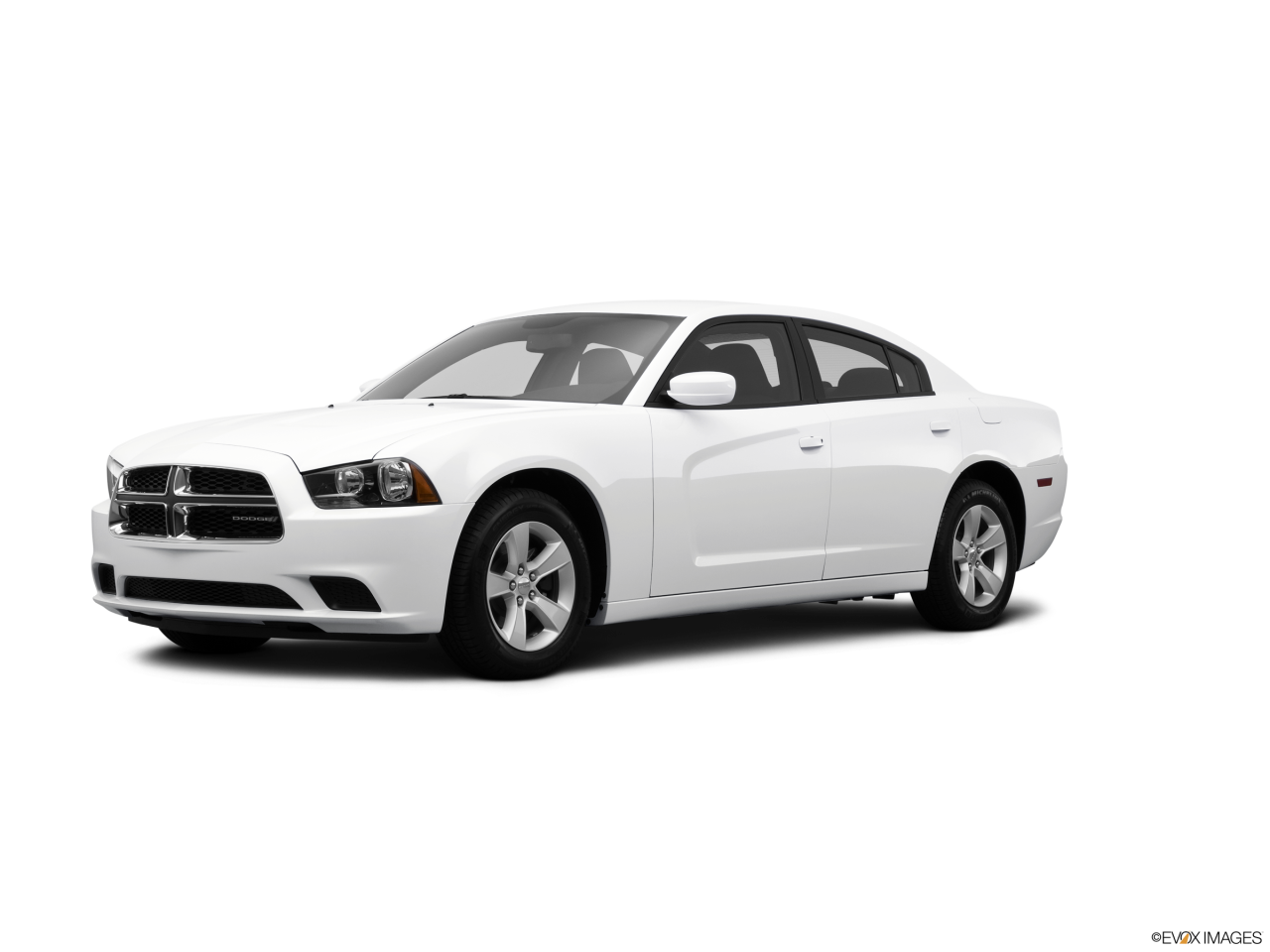 2014-Dodge-Charger-front_9040_032_2400x1800_PWD.png