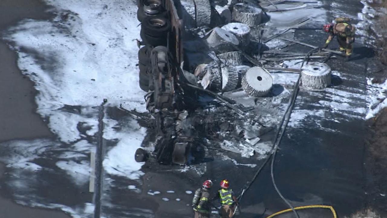 I-10 semi truck crash2.png