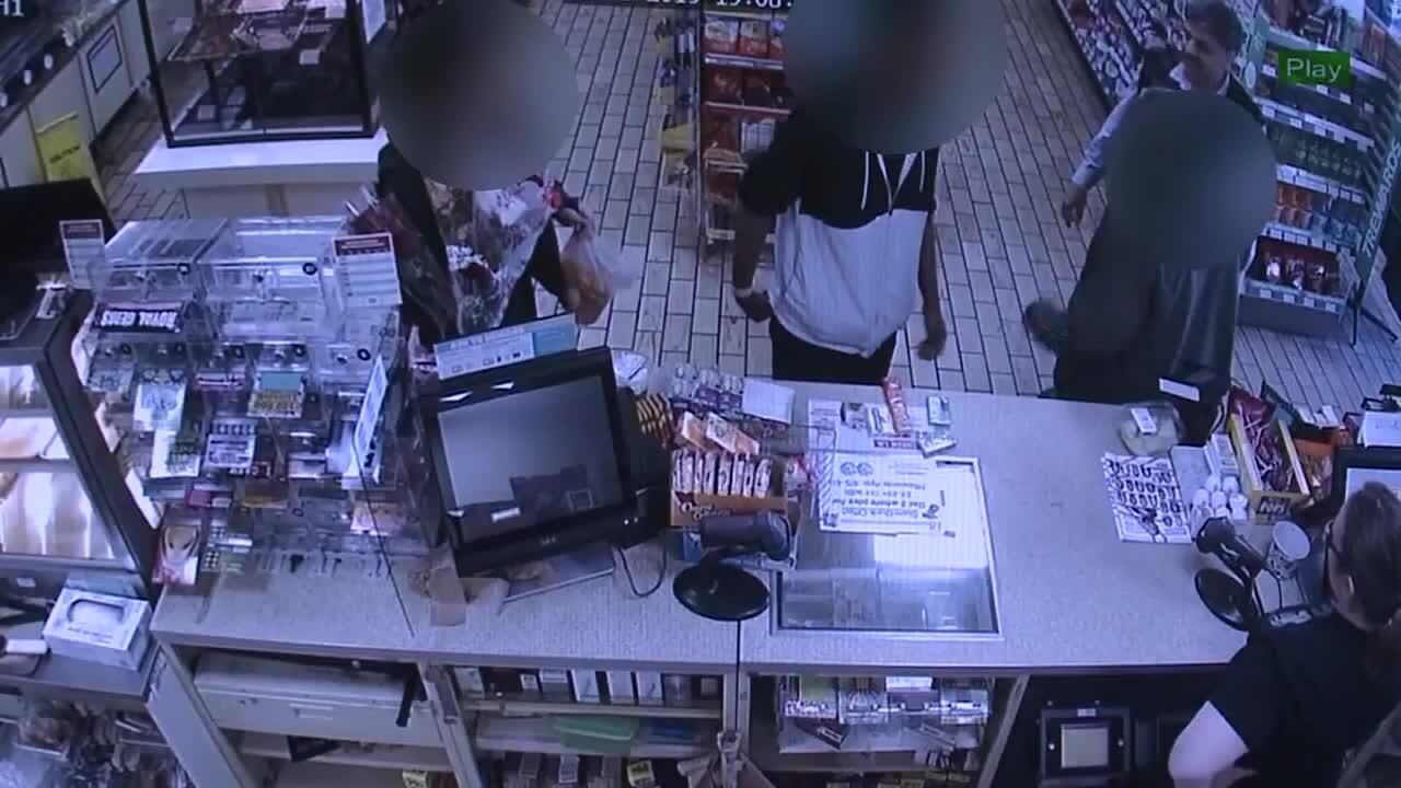 7-Eleven owner gives hungry shoplifter food instead of calling 911