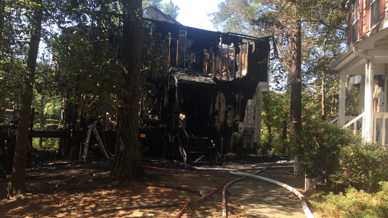 Fire destroys Newport News duplex