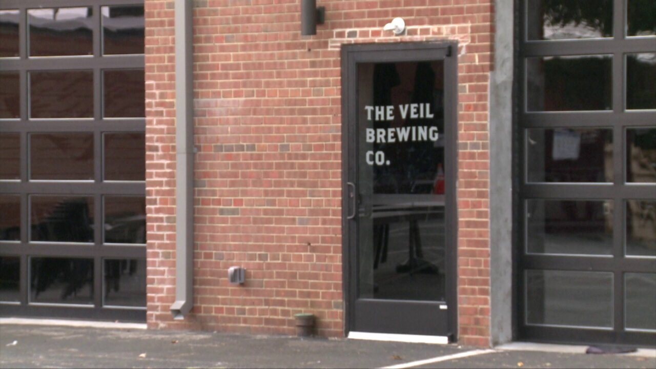 Veil Brewing Co. hosts Hops ForHarvey