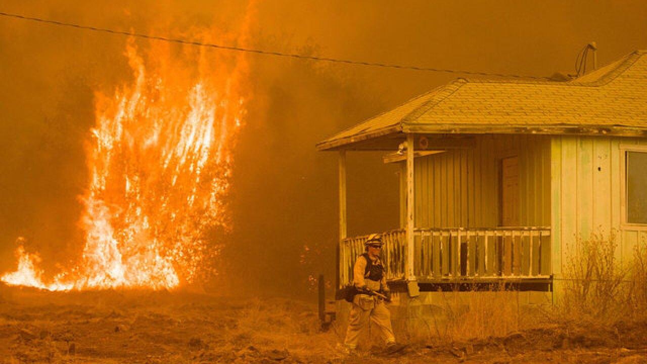 Detwiler Fire evacuates City of Mariposa