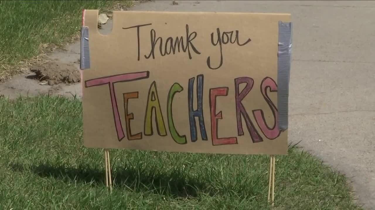 thank you teachers sign.jpg