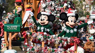PHOTOS: Disneyland, Disney California Adventure celebrate the holiday season