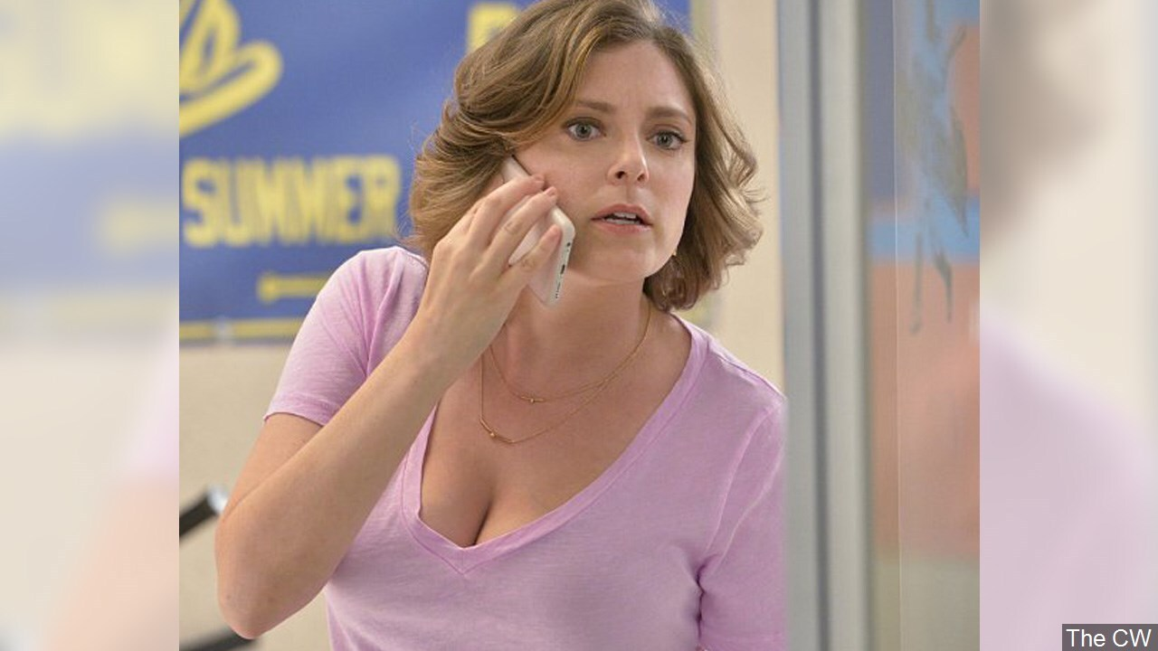 Still of Rachel Bloom in Crazy Ex-Girlfriend,.jpg