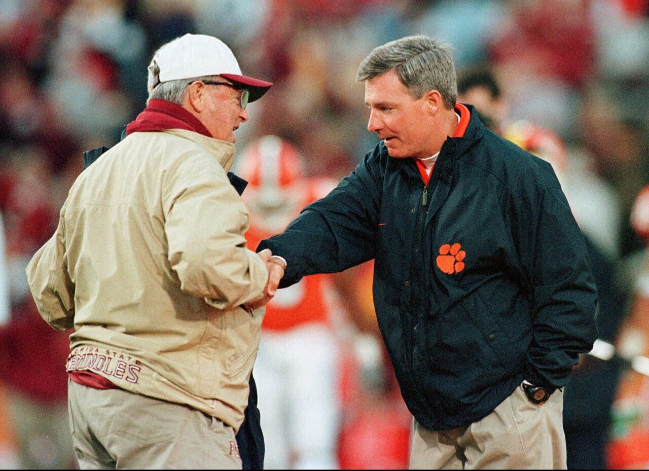 Florida State Seminoles head coach Bobby Bowden and Clemson Tigers head coach Tommy Bowden shake hands before 1999 game