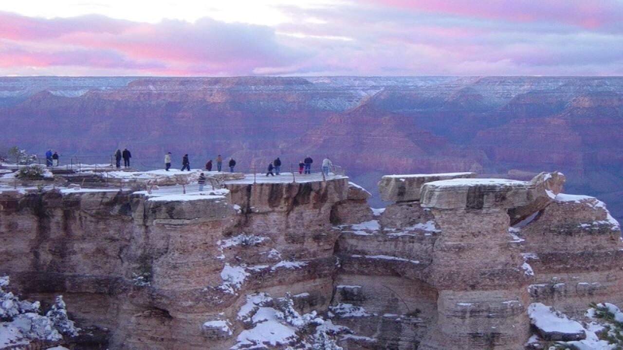 NPS: Teen, woman missing at Grand Canyon