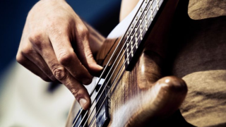 guitar bass.PNG