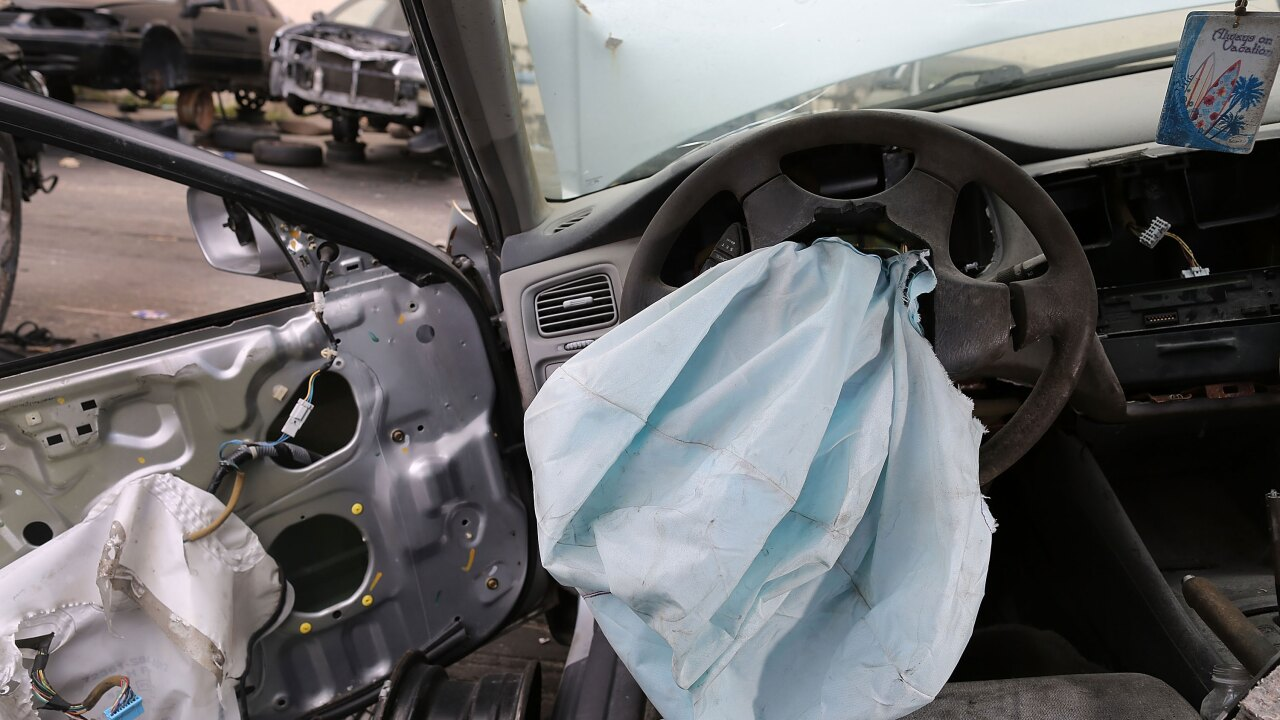 Takata airbag fault forces recall of another 1.4M vehicles