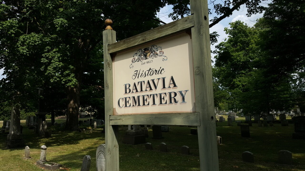 Pair found dead in cemetery were hit by lightning