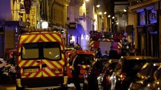Attacker yells 'Allahu Akbar,' stabs 5 in Paris before police take him down