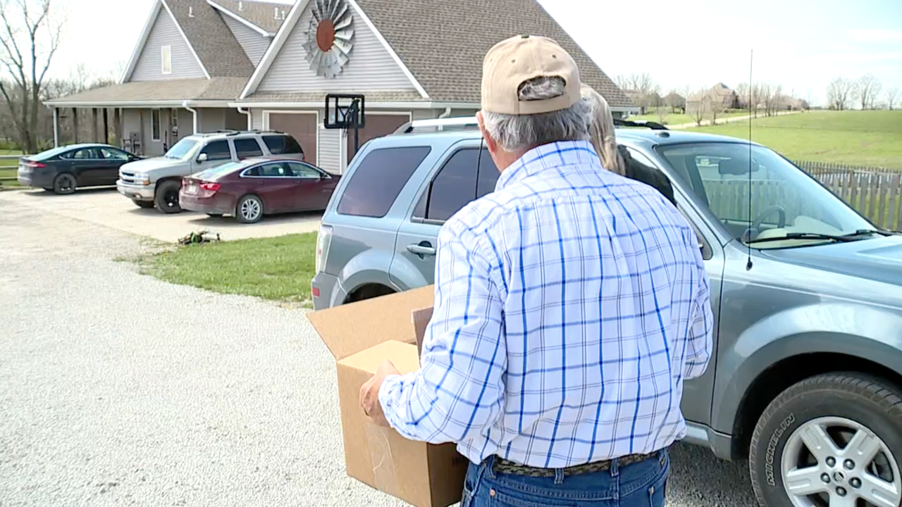 Barham Family Farm meat delivery and curbside.png