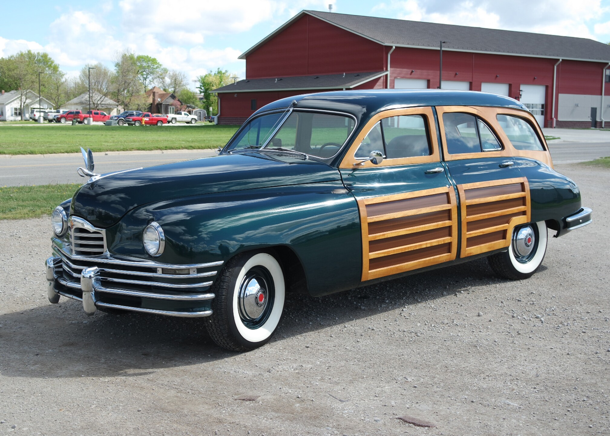 1948 Packard Woody Wagon.jpg
