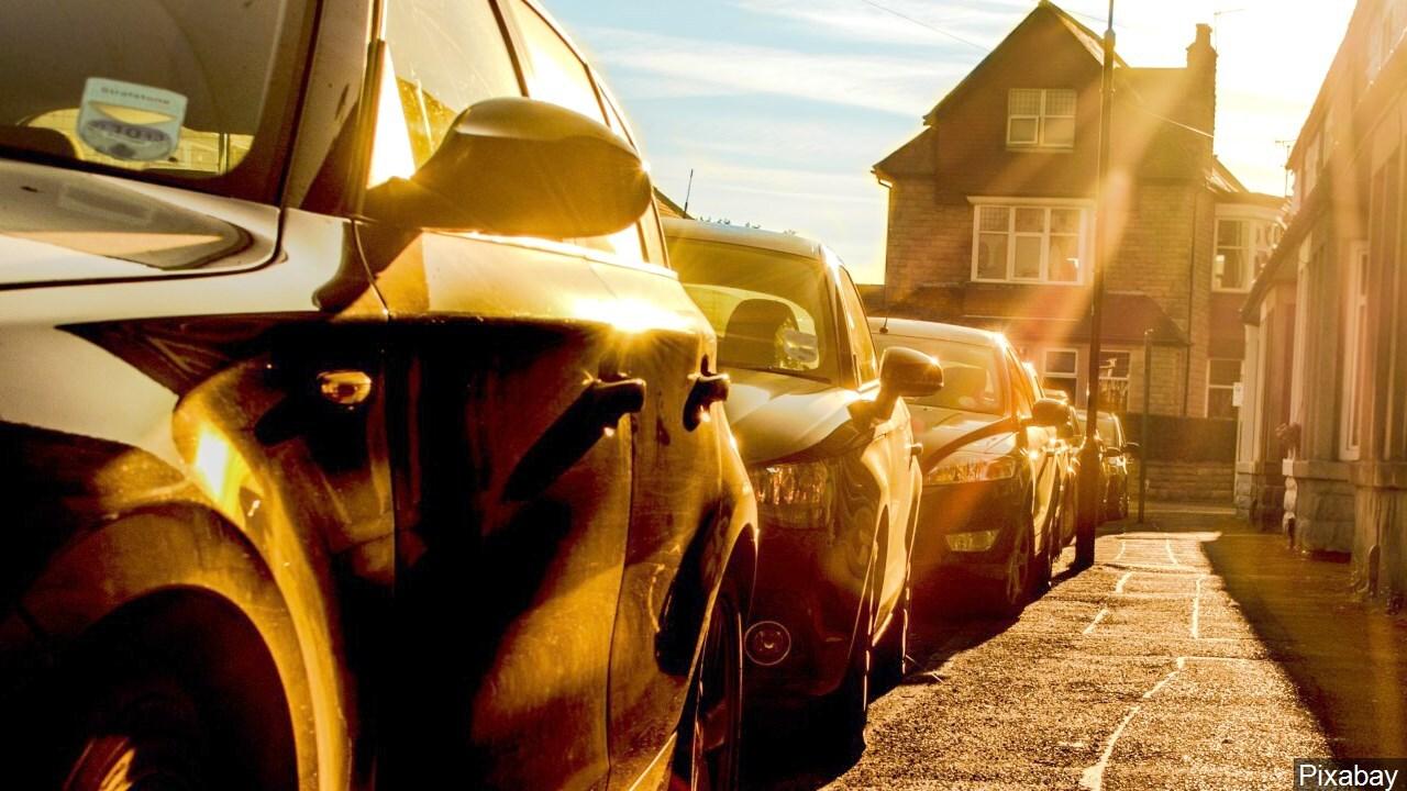 PHOTO: Hot Cars