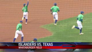 Islanders rally for 8-2 conquest of Texas, first home win over Longhorns in school history
