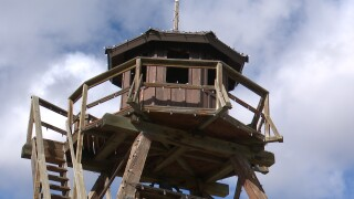 Helena Fire Tower to have traditional holiday lights again, thanks to donations