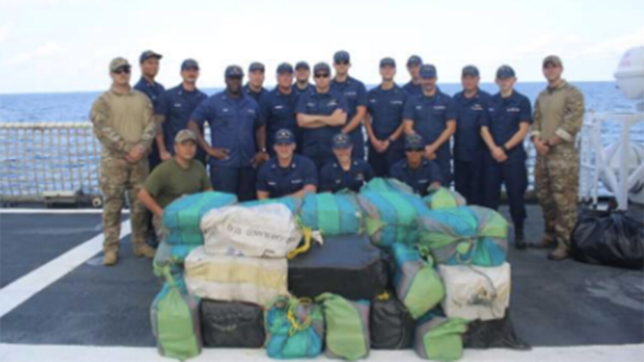 WPTV-JAX-COAST-GUARD-COCAINE.jpg