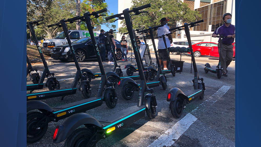 veo-scooters-sarah-hollenbeck1.png