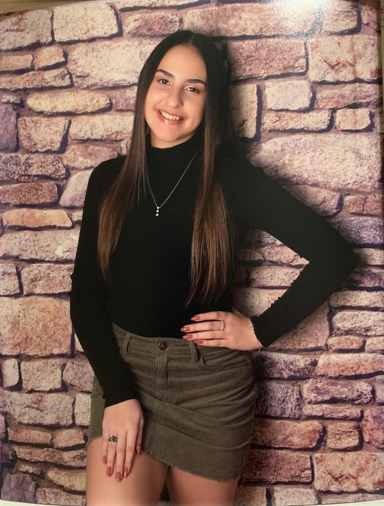 Lopez Adela.jpg
