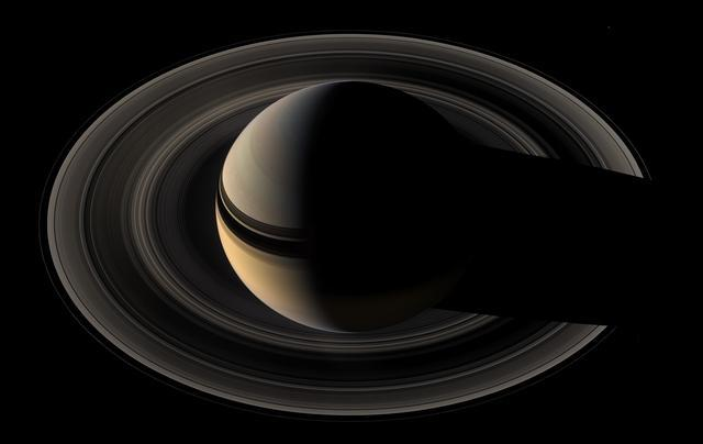 GALLERY: Beautiful images from Cassini's mission to Saturn