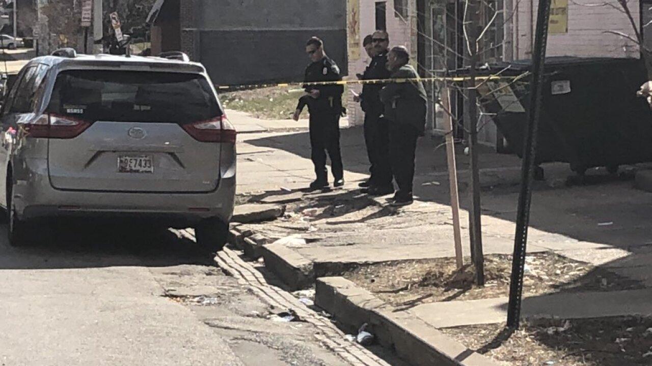 Police investigate shooting on Rosedale Street.jpg