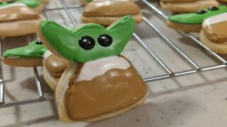 This Clever Baker Made Baby Yoda Cookies By Cutting The Heads Off Angel Cookies