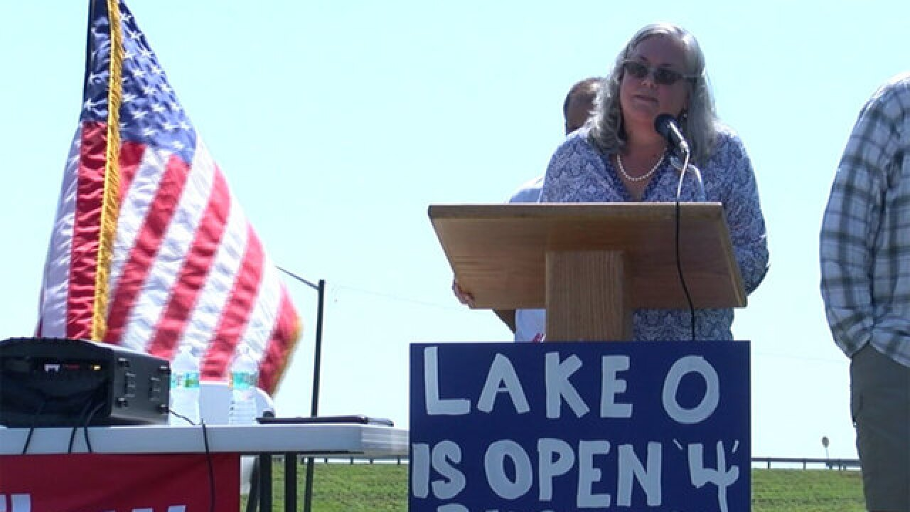 #SlowTheFlow Protect Lake O rally held Saturday