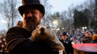 Groundhog Day: Punxsutawney Phil weighs in on whether winter will endsoon