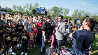Oakland and Macomb County Sheriff offices play ball for kids as WXYZ's Brad Galli emcees
