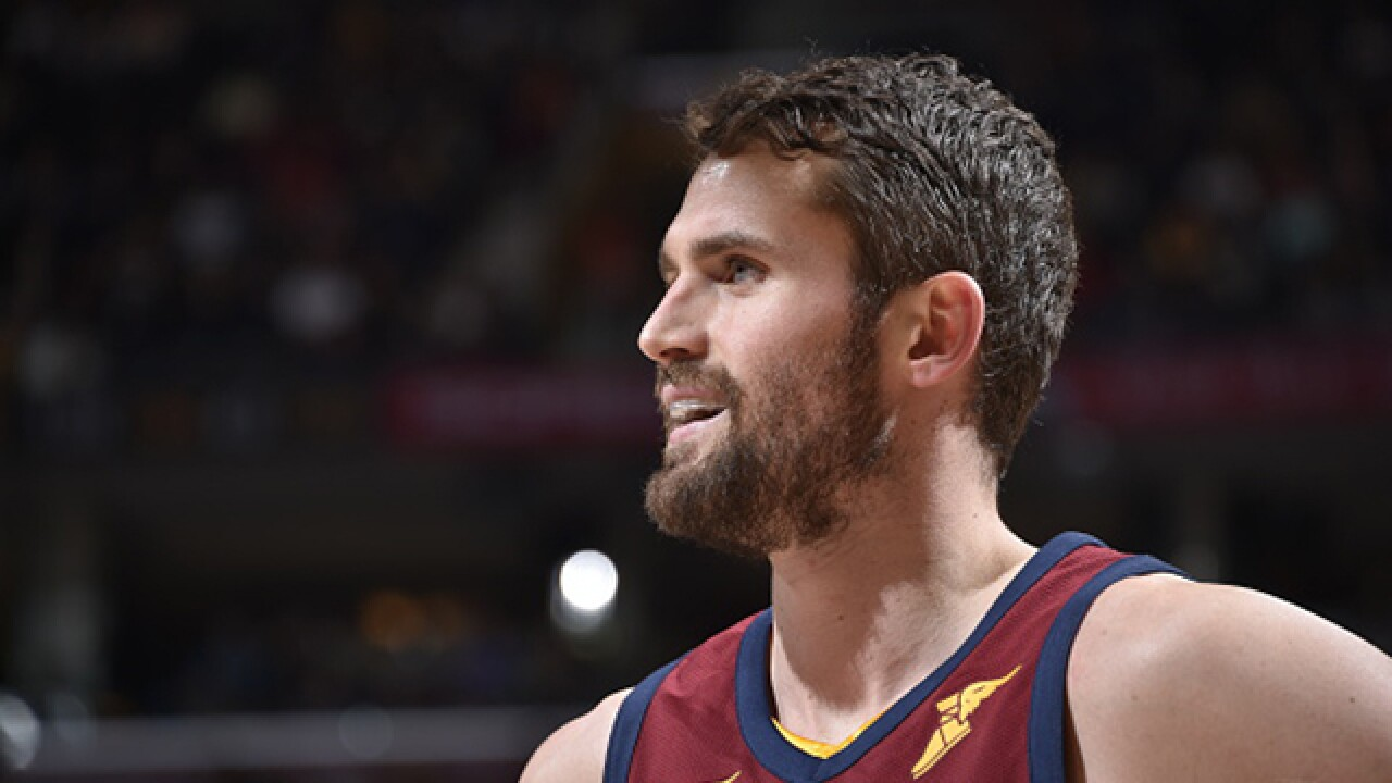 Kevin Love won't have surgery, expected to be out for eight weeks
