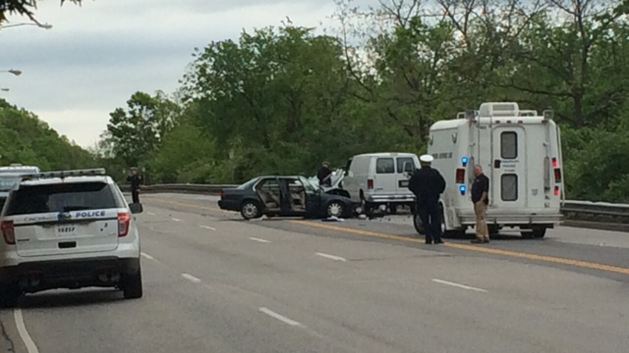 PD: 1 dead after 3-car crash on Columbia Pkwy