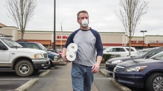 Psychologist explains why men are less likely to wear masks as America reopens