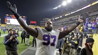 Jordan Phillips has two sack night in win vs. Steelers