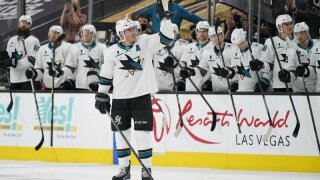 San Jose Sharks center Patrick Marleau (12) waves to the crowd