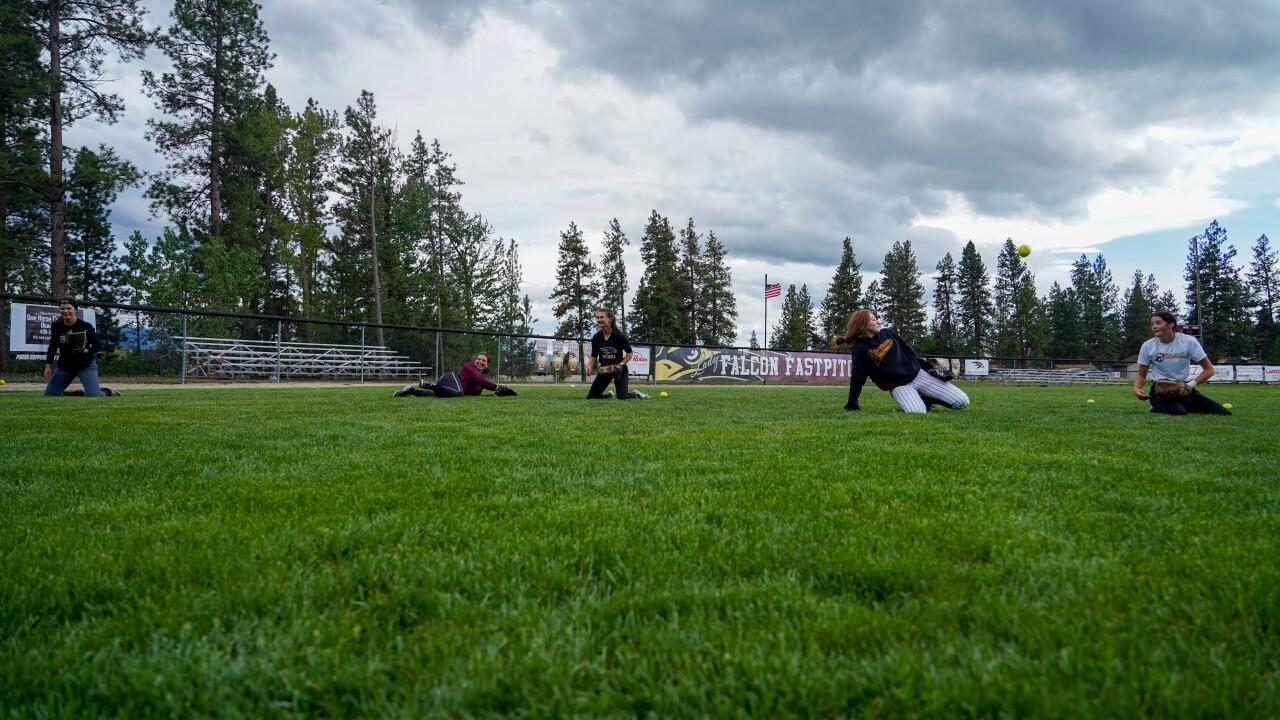Florence softball team-2.jpg