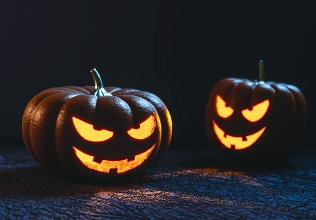 PHOTOS: Halloween trick-or-treating safety tips