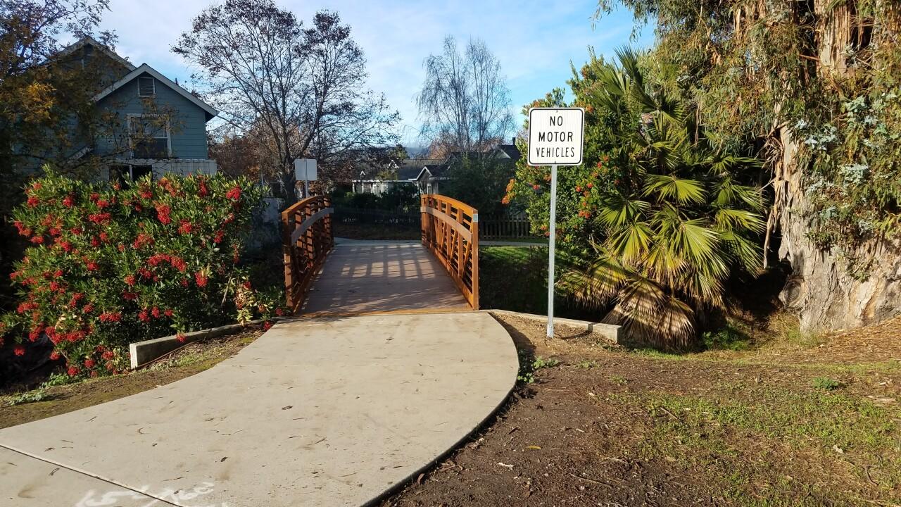 New El Capitan Bridge.jpg