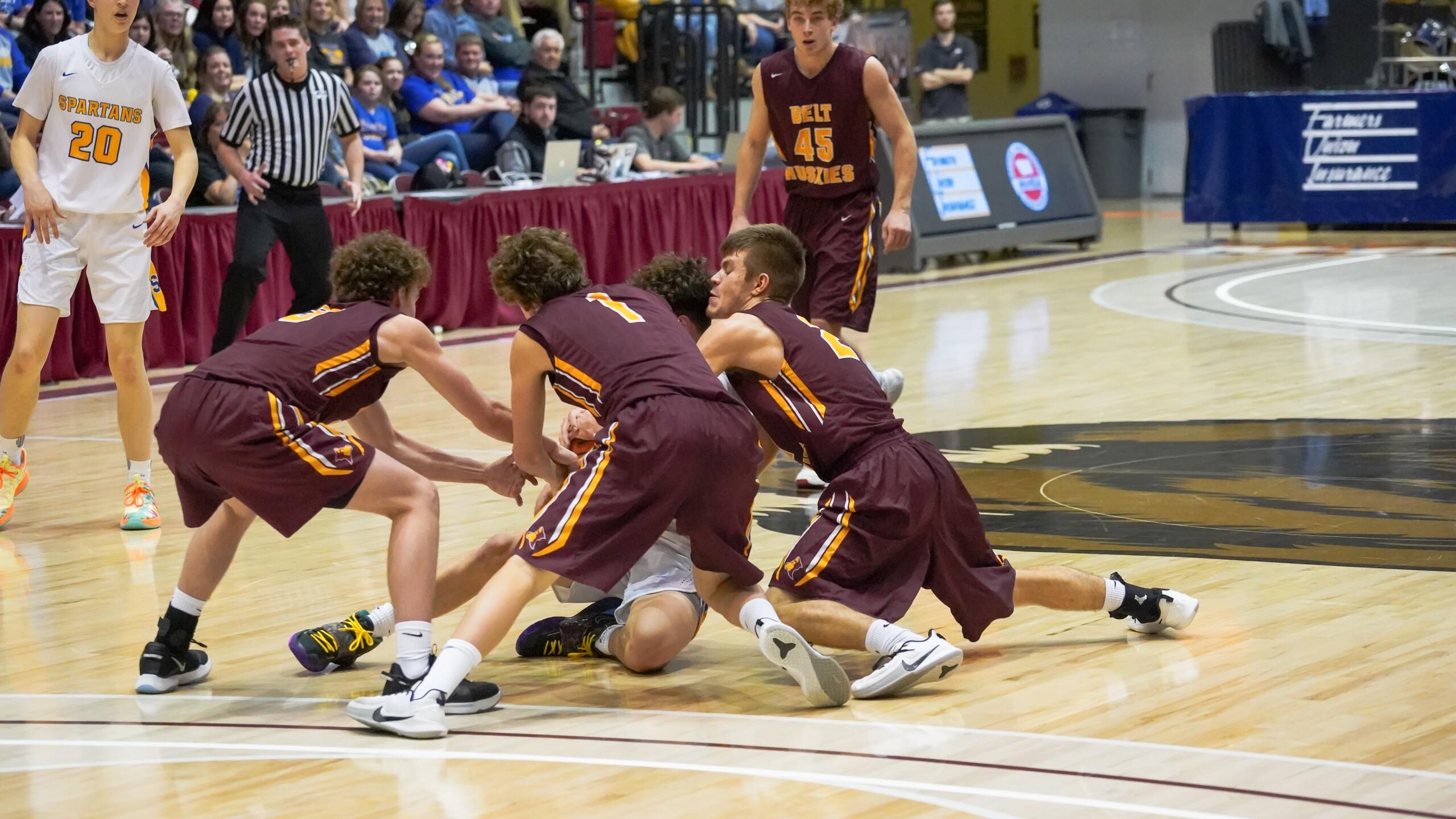 Belt boys basketball