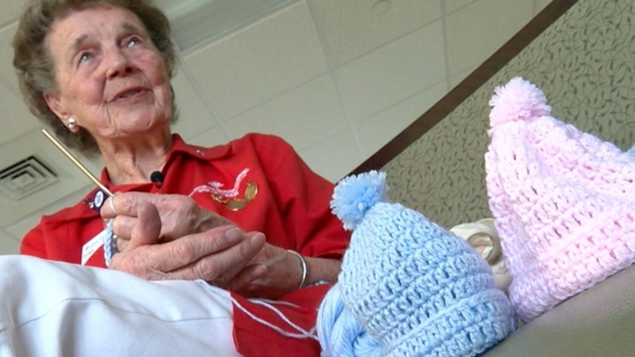 94-year-old crochets 5,000 caps for newborns