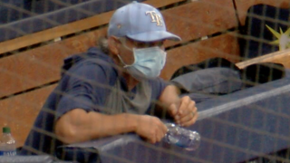 Kevin Cash Dugout Mask.png