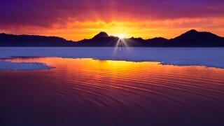 Bonneville Salt Flats sunset.jpg