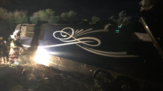 Country singer Josh Turner's road crew involved in bus crash, leaving 1 dead and several injured