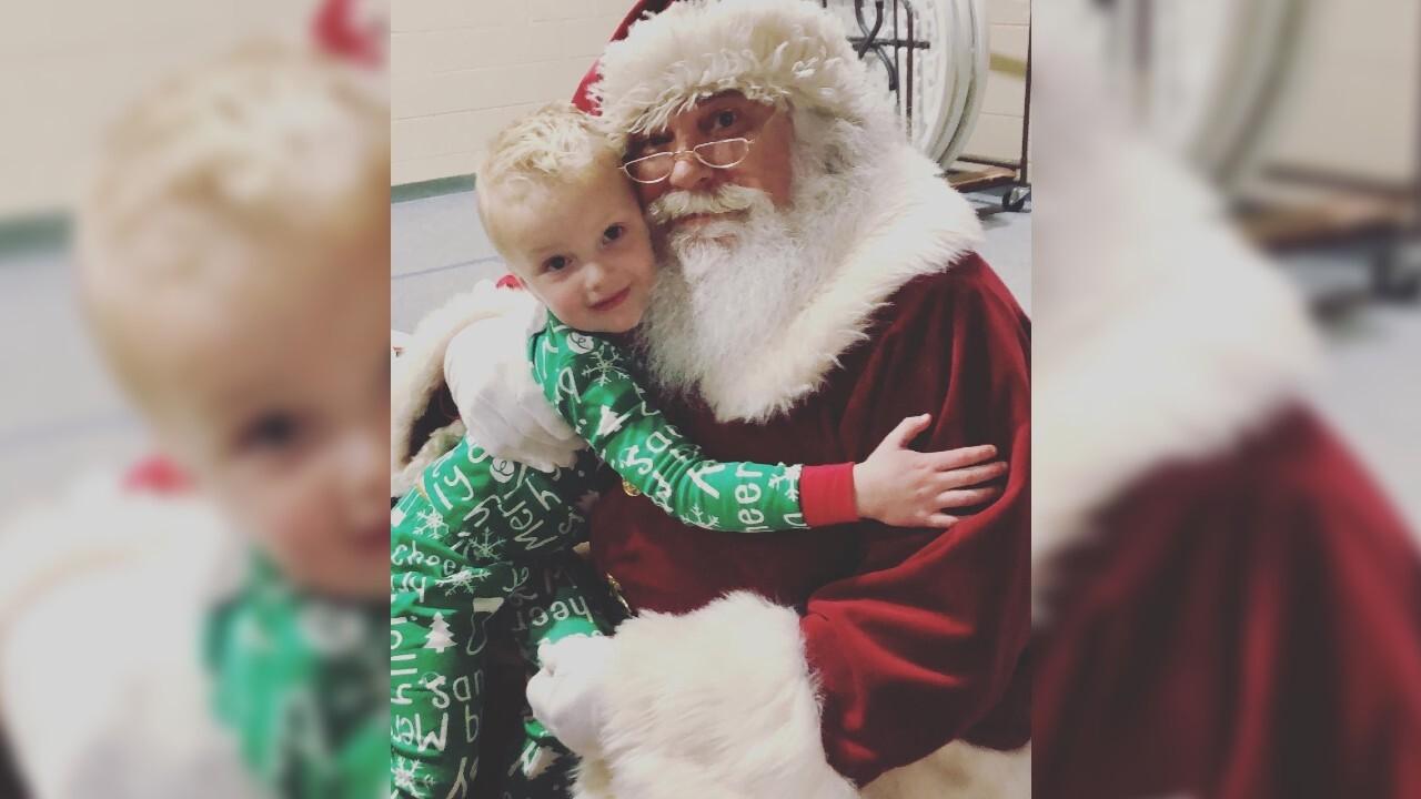 Brie and baby 3 vlog 2: Maverick and Santa