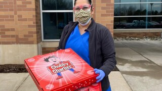 We're Open: Chubby Charlies donating pizza to hospitals, grocery stores